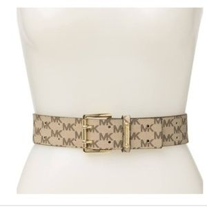 Michael Kors Natural Perforated belt New size L
